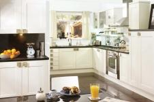 Sentia White Kitchen at Kitcheners of Hereford