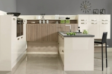 Image Gloss Oyster with Grey Bardolino Oak Kitchen at Kitcheners of Hereford