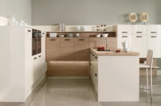 Image Gloss Oyster with Aragon Oak Kitchen at Kitcheners of Hereford